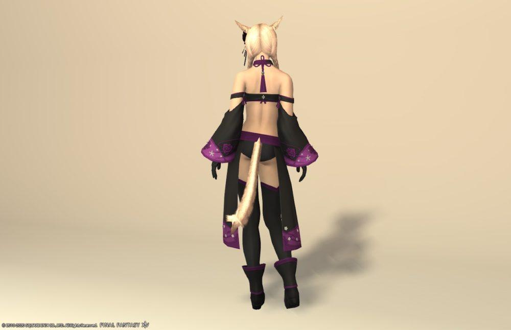 紫水宮キャス全身背面