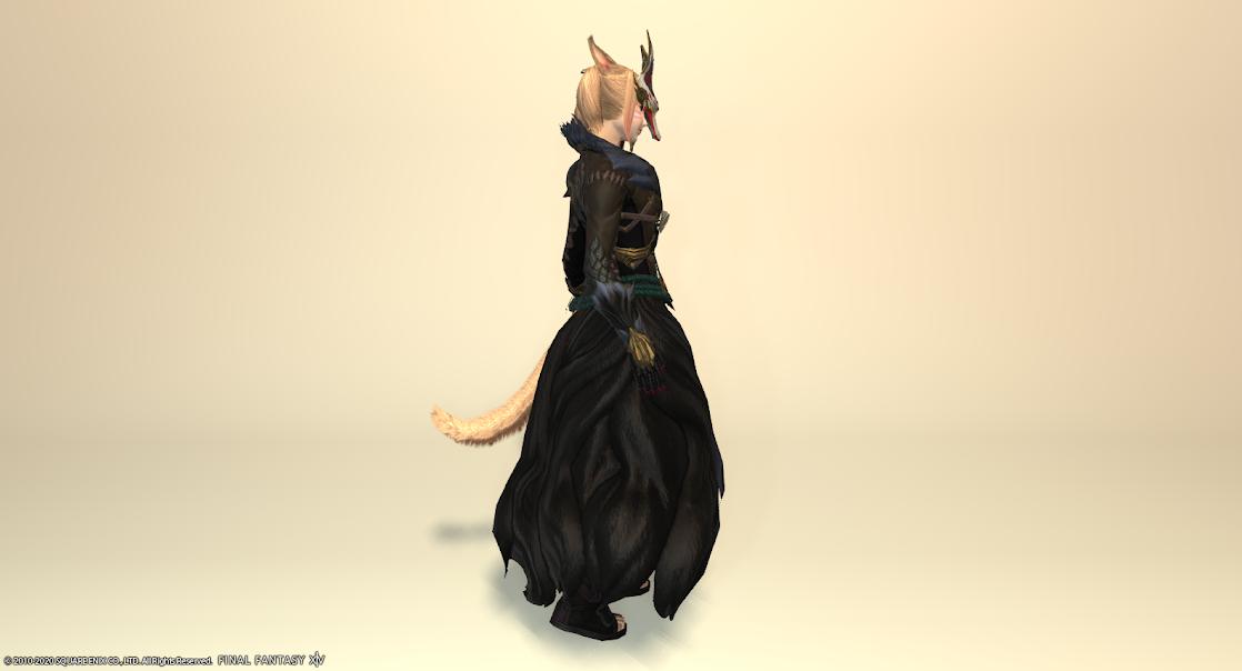 黒狐装備全身サイド