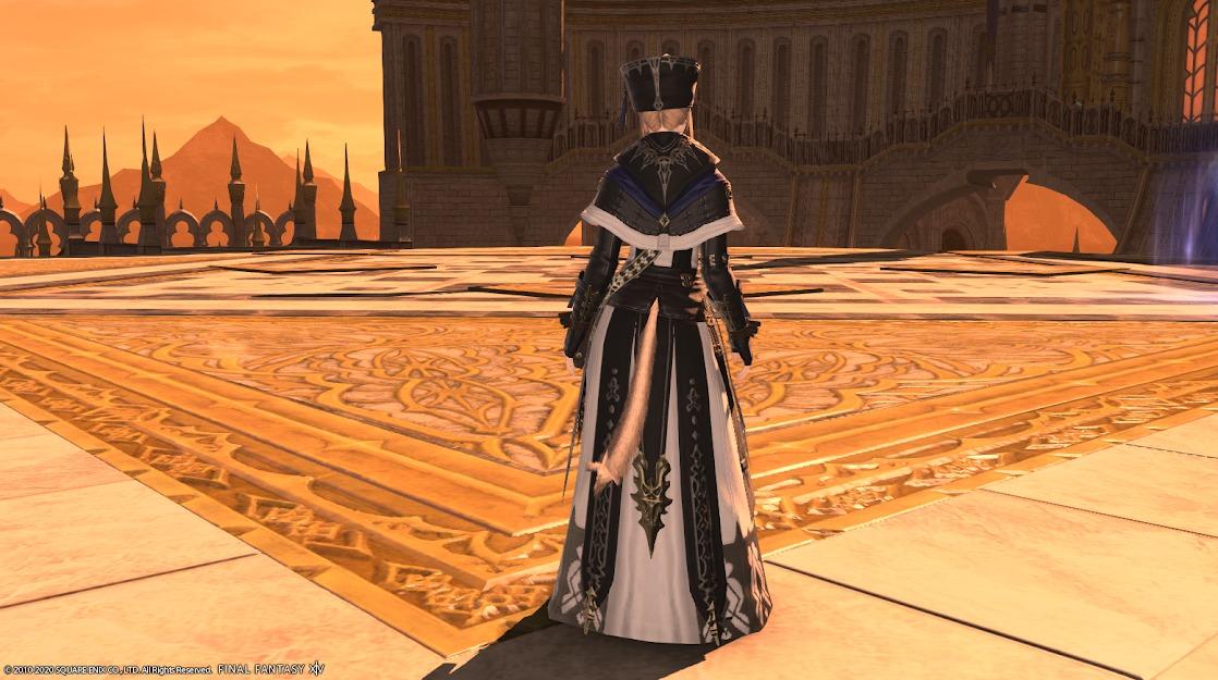 教皇庁キャス全身背面