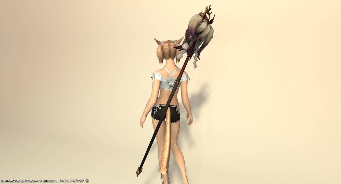 白狐装備白武器背面